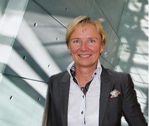 Dr. Steidte-Megerlin_für Internet_hell.jpg