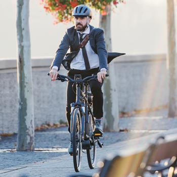 Bild Mann auf Fahrrad